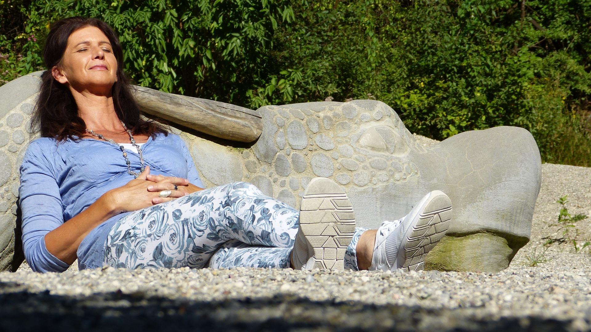Seeking to alleviate syptoms of menopause